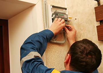 Изображение - Какой срок службы электросчетчика в квартире elektroschetchik_ustanovka_1