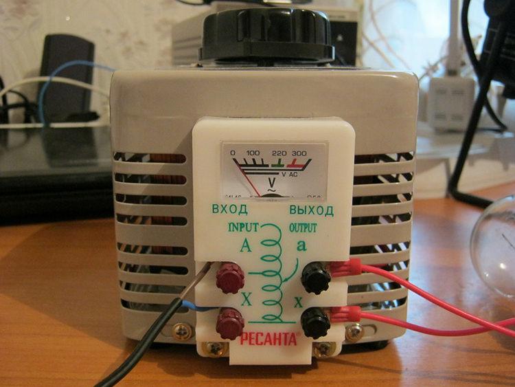 трансформатор в лаборатории